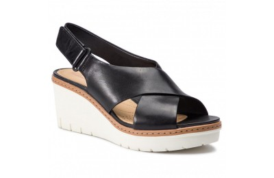 Clarks Sandali Palm Candid 261411674 Black Leather A buon mercato
